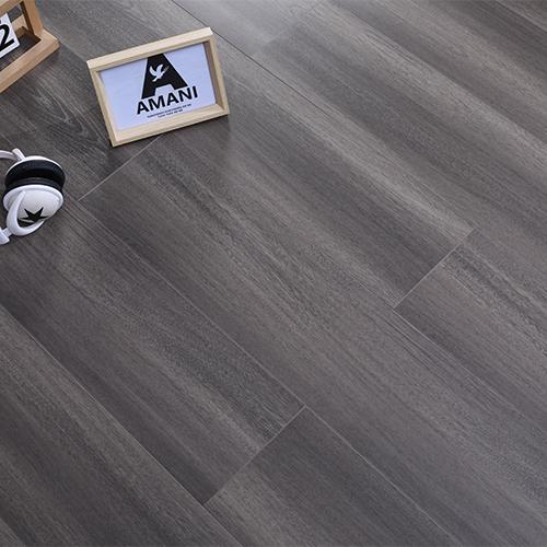 三层复合实木地板的验收。
